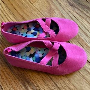 Hot pink suede flats 💗